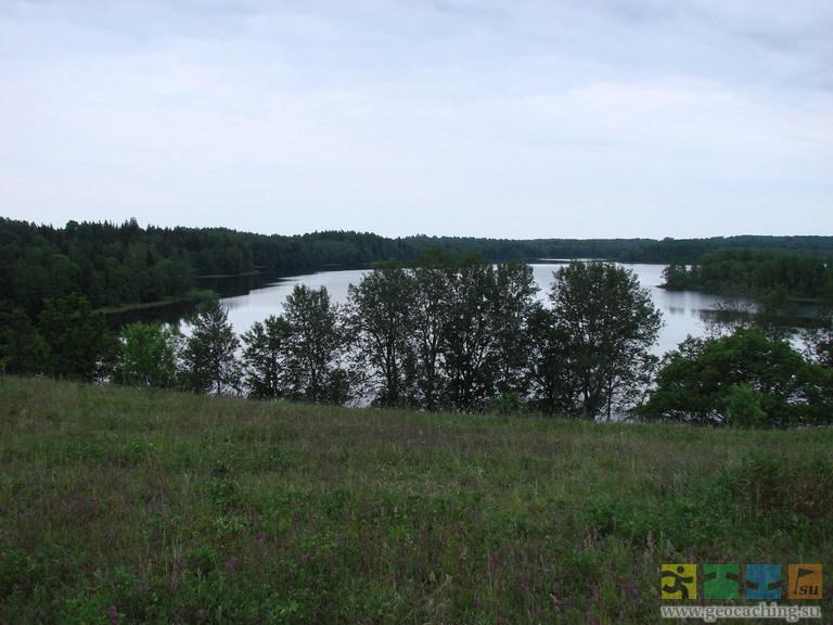 Озеро Лобно