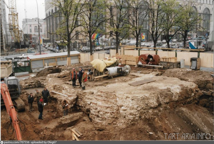 Раскопки в 1999 году