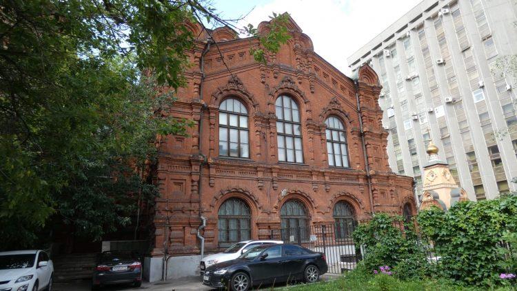 Монастырь в Москве
