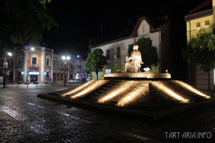 Подсветка статуй