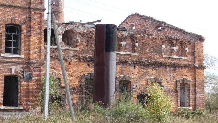 Поселковая водонапорная башня