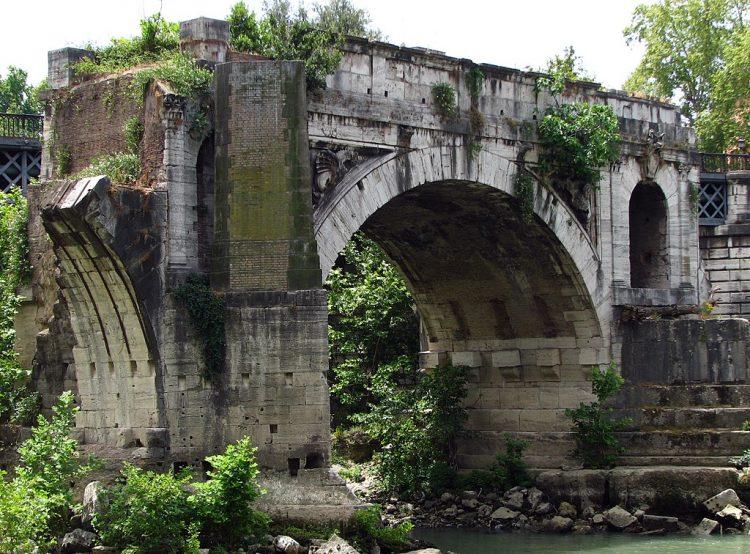 Руины моста Эмилия, Рим, Италия