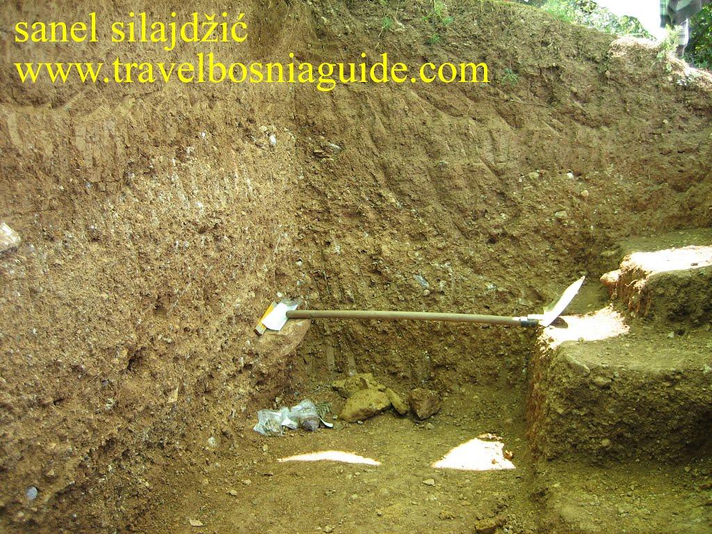 Пирамидальные холмы-терриконы sibved