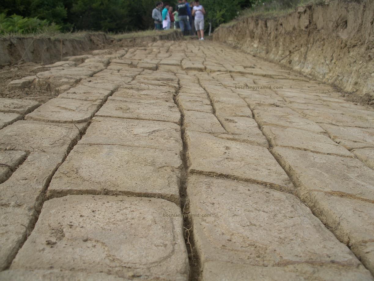 холмы древние пирамиды сибвед
